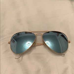 Light blue mirrored aviator ray bans